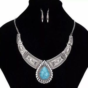 ❤️gorgeous silver turquoise boho statement necklac